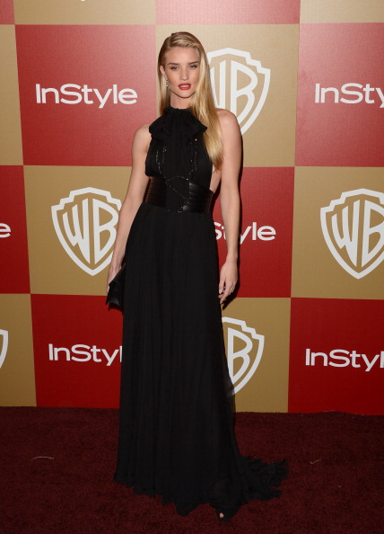 Halter Top「14th Annual Warner Bros. And InStyle Golden Globe Awards After Party - Arrivals」:写真・画像(1)[壁紙.com]