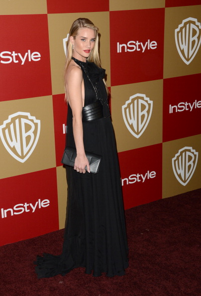 Halter Top「14th Annual Warner Bros. And InStyle Golden Globe Awards After Party - Arrivals」:写真・画像(2)[壁紙.com]