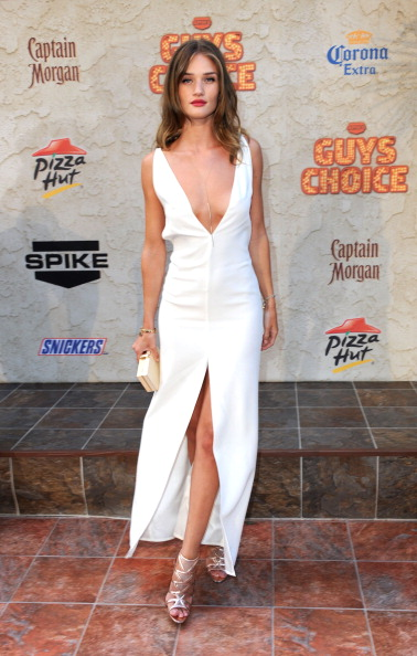 "Sleeveless Dress「Spike TV's 5th Annual 2011 ""Guys Choice"" Awards - Arrivals」:写真・画像(3)[壁紙.com]"