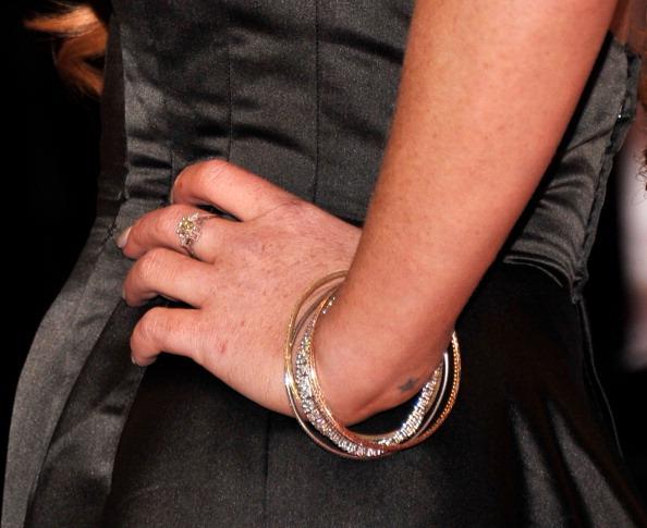 Close-up「2012 White House Correspondents' Association Dinner - Arrivals」:写真・画像(13)[壁紙.com]