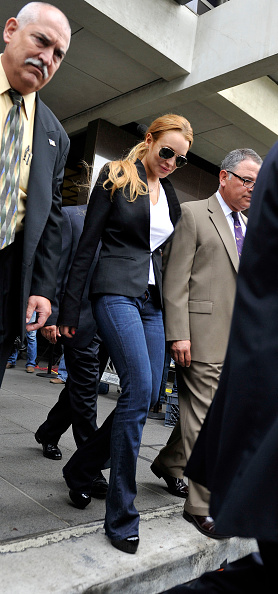 Personal Accessory「Lindsay Lohan Attends Probation Violation Hearing 」:写真・画像(0)[壁紙.com]
