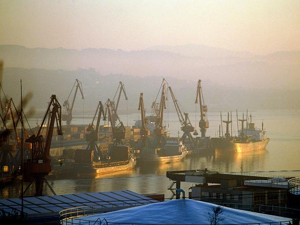 Environmental Damage「Bilbao Docks, Spain.」:写真・画像(3)[壁紙.com]