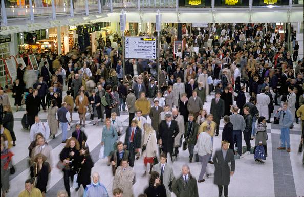 Crowd「Rush hour at London's Liverpool Street station. C 1992」:写真・画像(6)[壁紙.com]