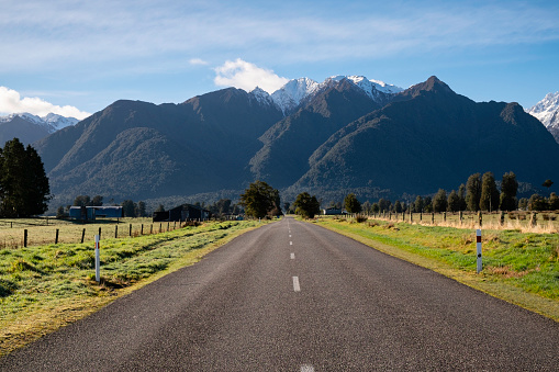 Westland - South Island New Zealand「Road To The Southern Alps, New Zealand」:スマホ壁紙(4)