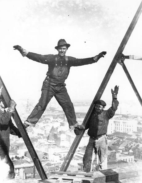 Construction Industry「Balancing Act」:写真・画像(11)[壁紙.com]
