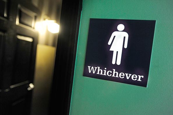 Bathroom「North Carolina Clashes With U.S. Over New Public Restroom Law」:写真・画像(11)[壁紙.com]
