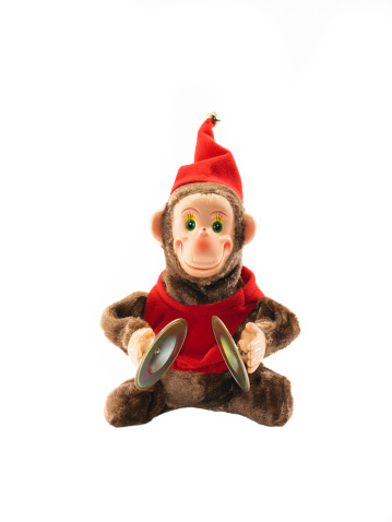 Kitsch「Wind-up toy monkey with cymbals on white background」:スマホ壁紙(12)