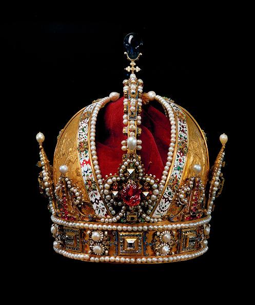 Austrian Culture「Austrian imperial crown...」:写真・画像(2)[壁紙.com]