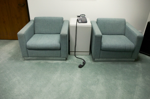 Hotel Reception「Telephone off hook in reception area」:スマホ壁紙(4)