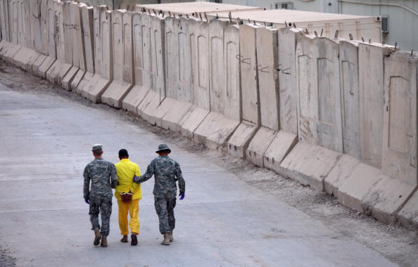 Camp Cropper「US Military Holds Thousands Of Detainees In Baghdad Prison」:写真・画像(18)[壁紙.com]