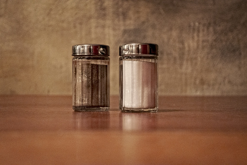 Salt and Pepper Shaker「Salt and Pepper Shakers」:スマホ壁紙(8)