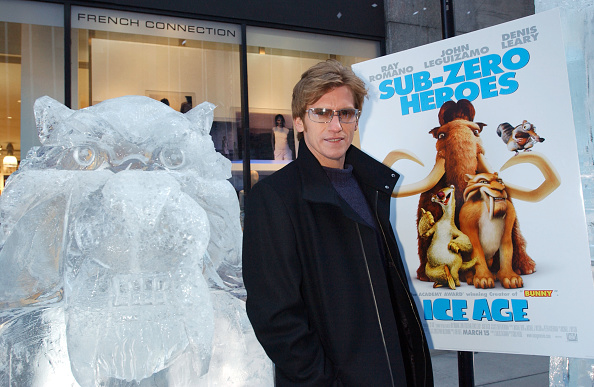 Ice Sculpture「Ice Age World Premiere」:写真・画像(11)[壁紙.com]