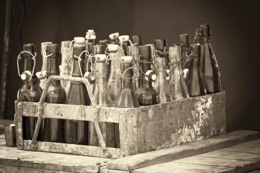 Sepia Toned「Vintage Beer Crate」:スマホ壁紙(2)