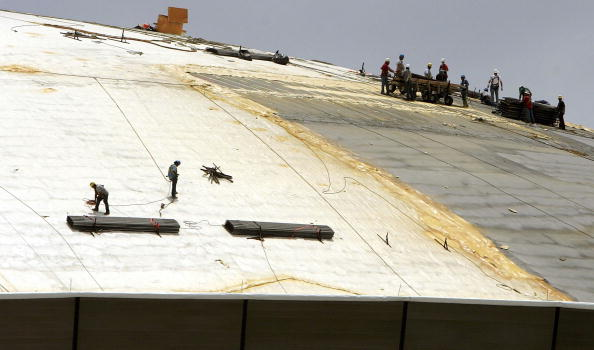 Recovery「Repair Work Continues On New Orleans' Superdome」:写真・画像(18)[壁紙.com]