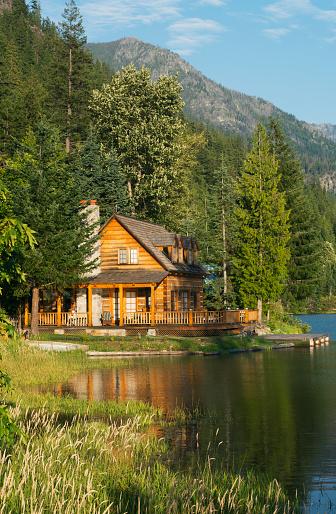 North Cascades National Park「House on Lake Chelan, Stehekin」:スマホ壁紙(4)