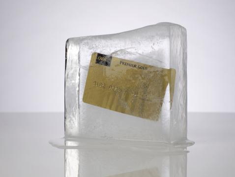 Credit Card「Credit Card in ice」:スマホ壁紙(4)