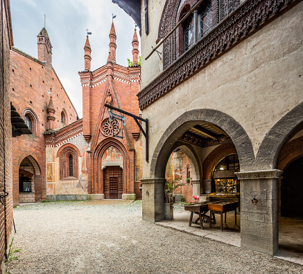 Piedmont - Italy「Parco del Valentino, Borgo Medievale」:スマホ壁紙(15)