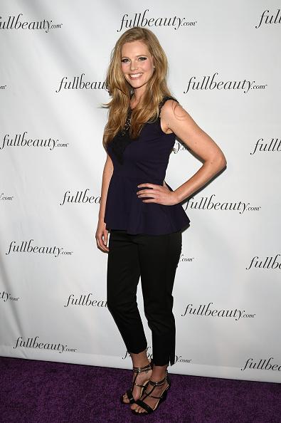 Cropped Pants「FULLBEAUTY Brands' Launch Of fullbeauty.com And Fullbeauty Magazine」:写真・画像(10)[壁紙.com]