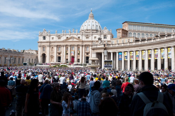 Pilgrimage「John Paul II Beatification Mass And Ceremony」:写真・画像(5)[壁紙.com]