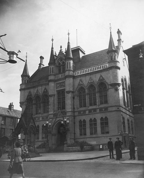 Monty Fresco「Inverness Town Hall」:写真・画像(0)[壁紙.com]