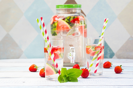 スイカ「Detox water, infused water, watermelon, strawberry and mint」:スマホ壁紙(8)