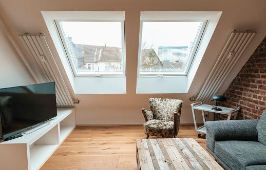 Brick Wall「Modern living room under the roof」:スマホ壁紙(19)