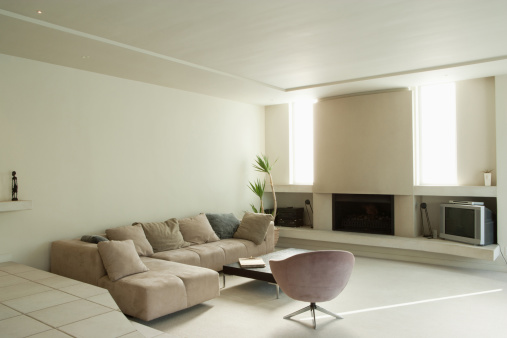 Living Room「Modern living room with large fireplace」:スマホ壁紙(14)