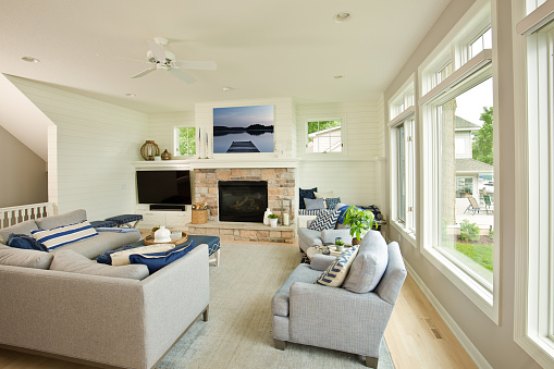 Ceiling Fan「Modern Living Room Home Interior Design with fireplace and Television」:スマホ壁紙(1)