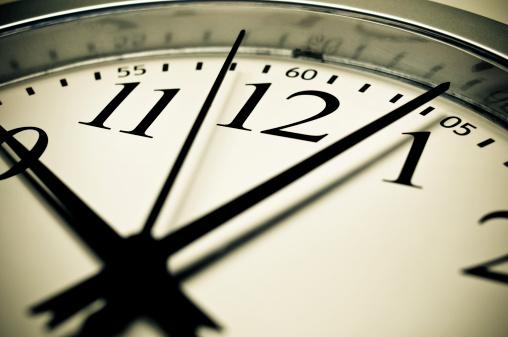 Sepia Toned「Wall clock」:スマホ壁紙(5)