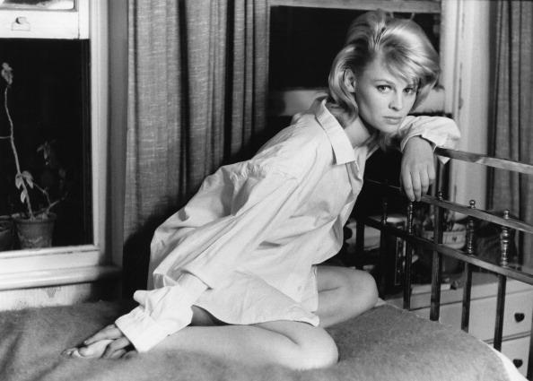 Shirt「Julie Christie」:写真・画像(7)[壁紙.com]