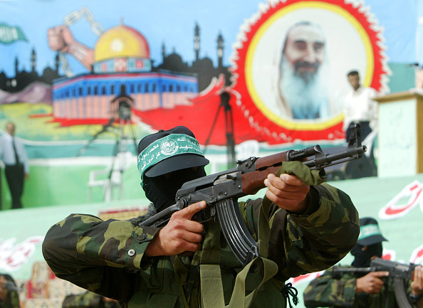 Hamas「Hamas Holds Rally To Commemorate Death Of Military Leader」:写真・画像(11)[壁紙.com]