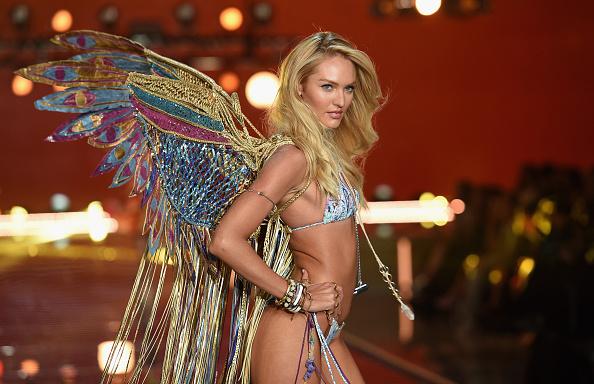 キャンディス・スワンポール「2015 Victoria's Secret Fashion Show - Show」:写真・画像(15)[壁紙.com]