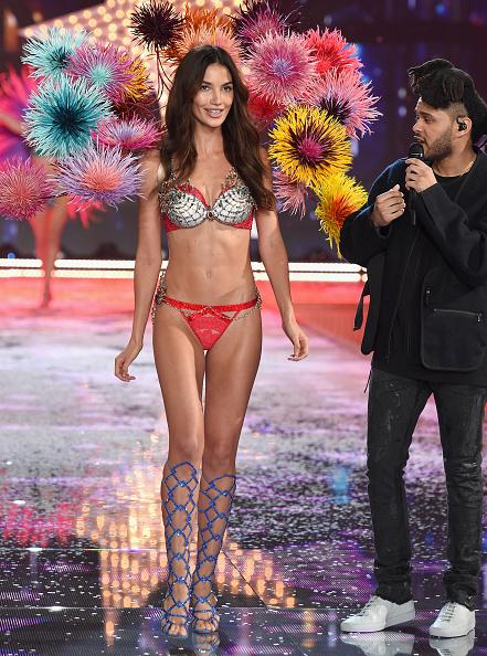 Victoria's Secret Fantasy Bra「2015 Victoria's Secret Fashion Show - Show」:写真・画像(17)[壁紙.com]