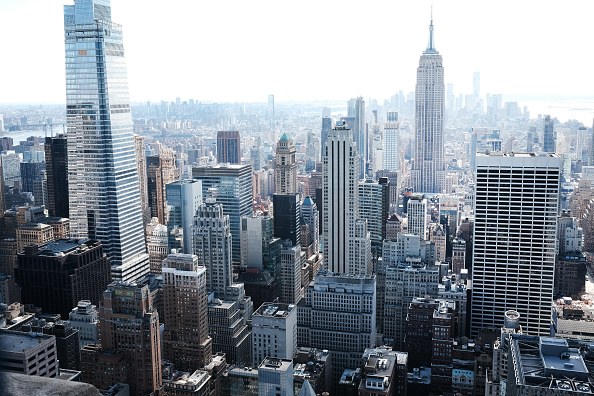 Office「Manhattan's Midtown Offices Remain Largely Empty As Businesses Begin To Consider Returning」:写真・画像(12)[壁紙.com]