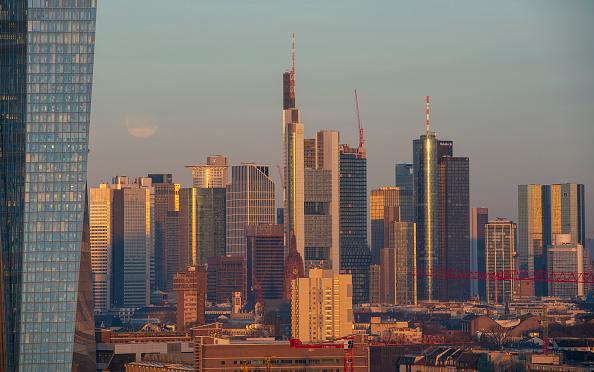 月「Frankfurt Financial District」:写真・画像(0)[壁紙.com]