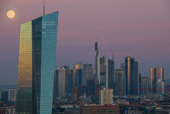 Frankfurt - Main「Frankfurt Financial District」:写真・画像(1)[壁紙.com]