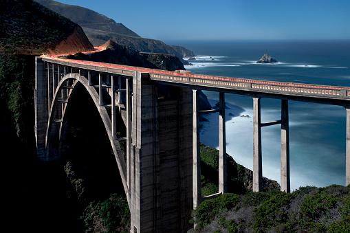 Bixby Creek Bridge「Bixby Bridge by moonlight in Big Sur, California」:スマホ壁紙(14)