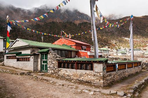Khumbu「Buddhist temple in Khumjung village」:スマホ壁紙(1)