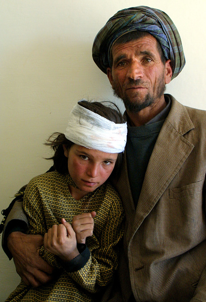 Paula Bronstein「Quetta Hospitals Aid Afghan Refugees」:写真・画像(16)[壁紙.com]