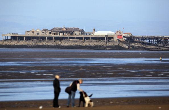 Weston-super-Mare「Neglected Birnbeck Pier Under Threat After The Economic Crisis」:写真・画像(13)[壁紙.com]