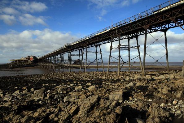 Weston-super-Mare「Neglected Birnbeck Pier Under Threat After The Economic Crisis」:写真・画像(16)[壁紙.com]