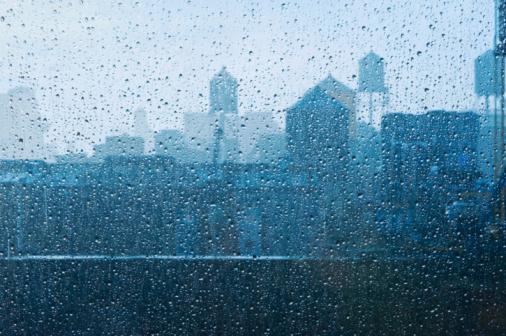 Rain「Water drops on window」:スマホ壁紙(14)