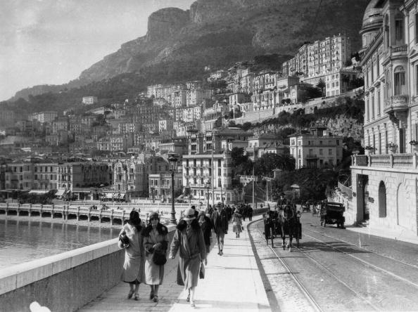 Boulevard「Boulevard in Monte Carlo on a sunny spring day, Monaco, Photograph, Around 1930」:写真・画像(14)[壁紙.com]