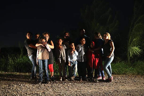 U.S. Agents Patrol Mexico Texas Border:ニュース(壁紙.com)