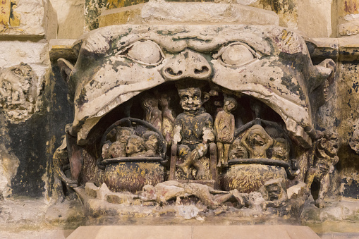 Hell「Narbonne Cathedral, 14th c relief carvings」:スマホ壁紙(2)