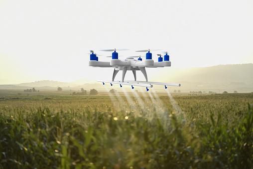 Spraying「Drone spraying a field」:スマホ壁紙(8)