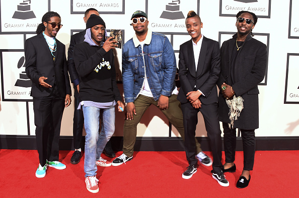 Group Of People「The 58th GRAMMY Awards - Arrivals」:写真・画像(7)[壁紙.com]