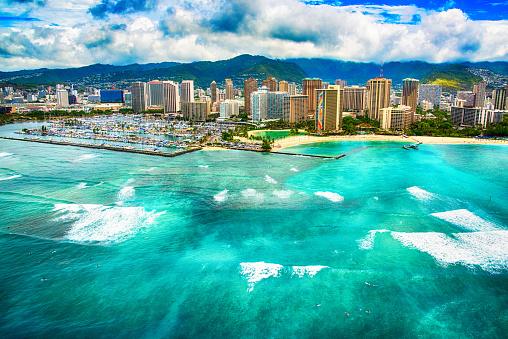 オアフ島「ハワイのホノルルのスカイライン空撮」:スマホ壁紙(4)