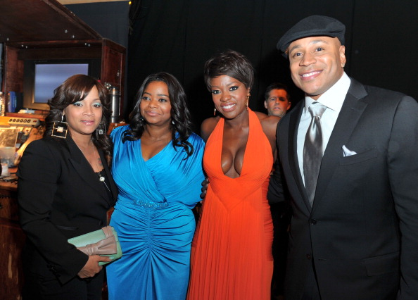 NAACP「43rd NAACP Image Awards - Backstage And Audience」:写真・画像(5)[壁紙.com]