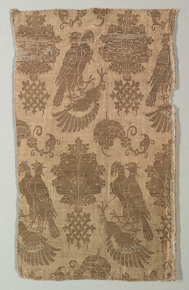 Patriotism「Gold-Patterned Silk With Falcons And Heraldry」:写真・画像(11)[壁紙.com]